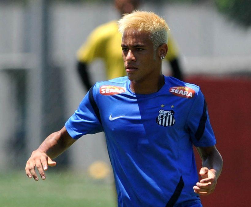 Santos consegue prorrogar julgamento para Neymar encarar o Corinthians