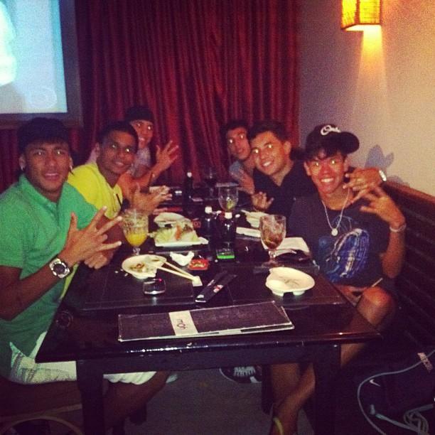 Neymar-e-amigos
