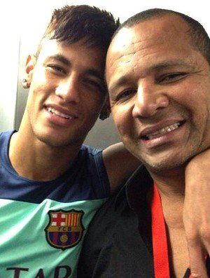 neymar_exame_pai_barcelona.jpg_95
