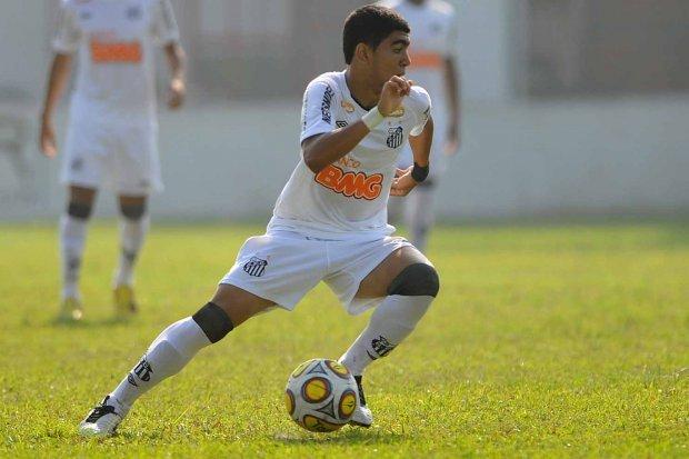 tn_620_600_Gabriel_Barbosa-Ivan_Storti-Santos_FC1