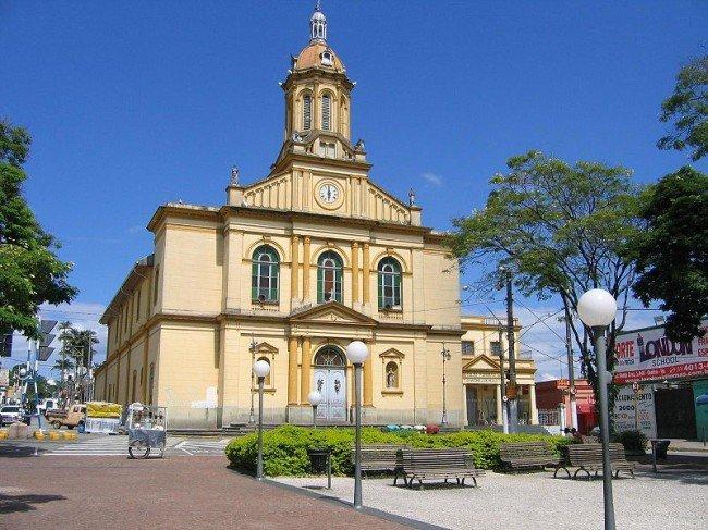 800px-Igreja_matriz_de_Itu