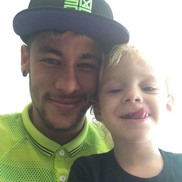 neymar_e_o_filho_davi_lucca